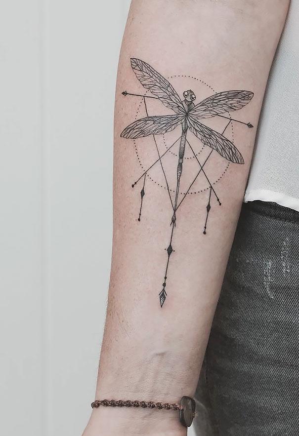 darlin_geometrical-tattoos-jasper-andres-9